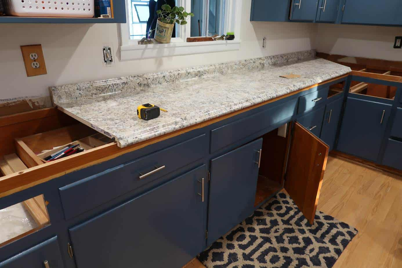 how to update your counter tops DIY for cheap on a budget