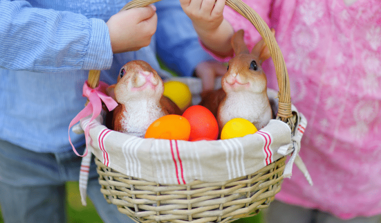 10 tips to make a budget friendly easter basket 11 great ways to save money on easter baskets negle Choice Image